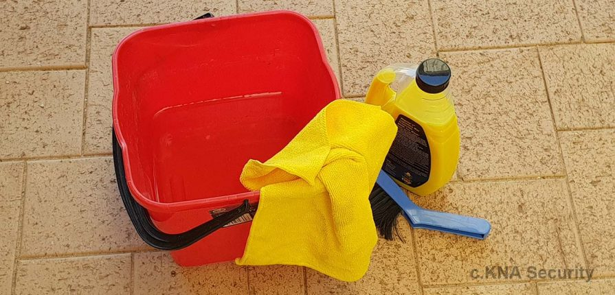 cleaning kit for security doors and windows